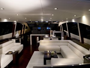 yacht-livingroom